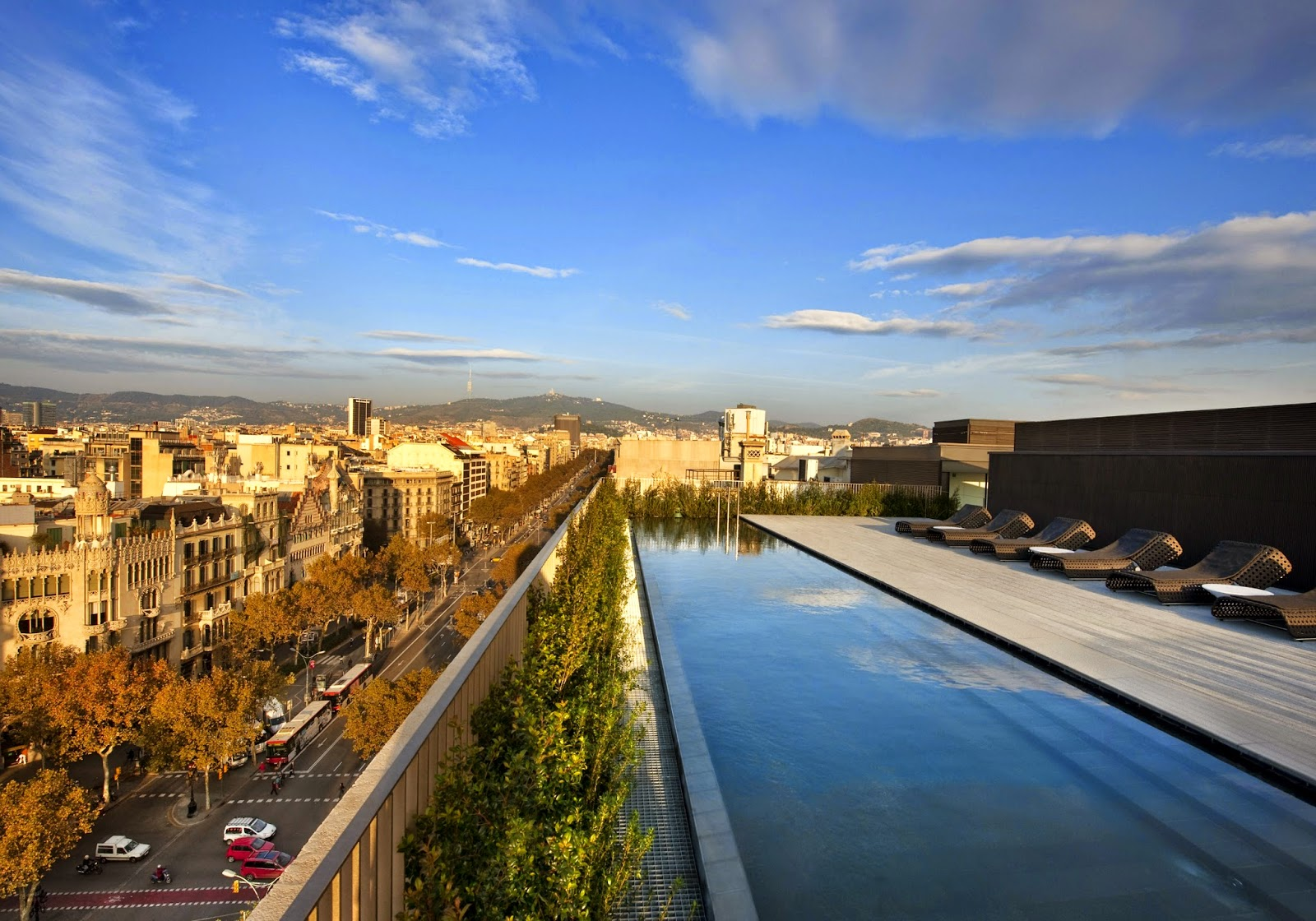 The rooftop pool of Mandarin Oriental in Barcelona with its contemporary Catalan luxe